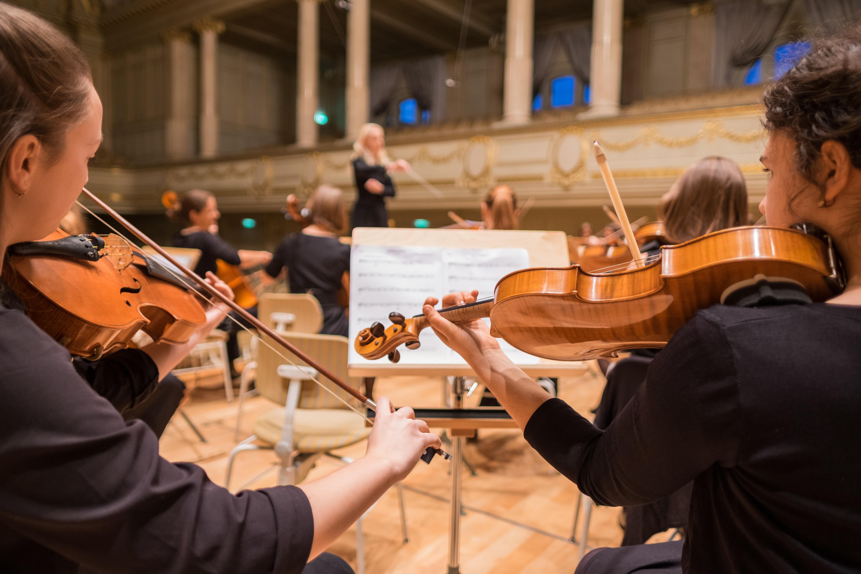 他の人のヴァイオリンを弾いてみる