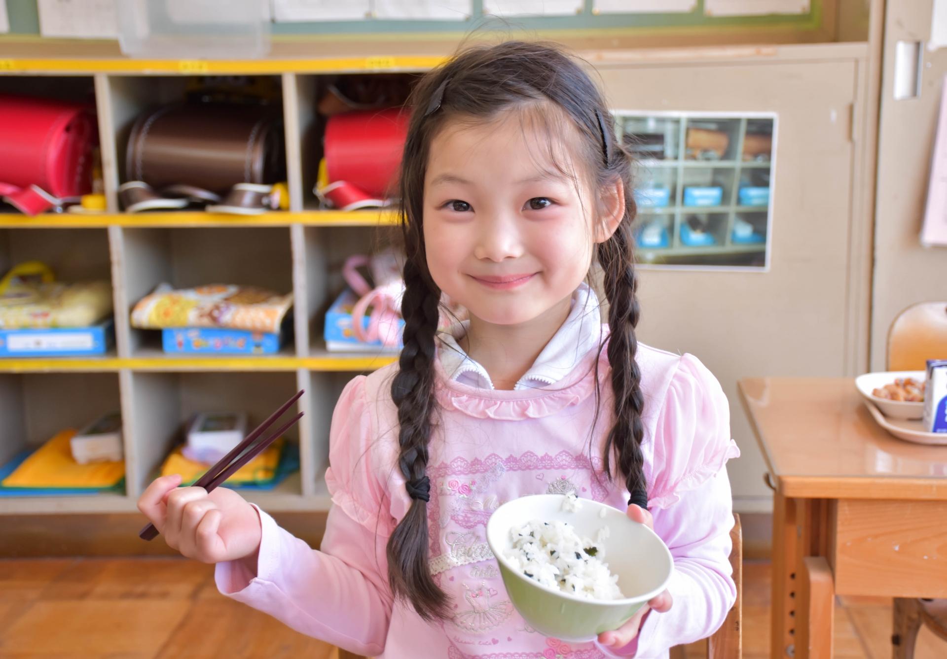 日本の学校の給食