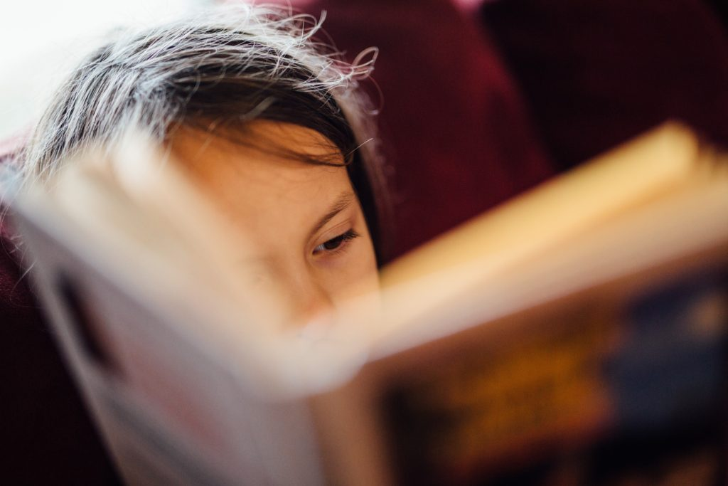 「本と私」霧立灯がおススメする5冊の絵本&童話