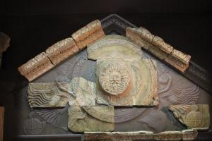 ローマンバスの神殿の復元
