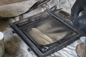 薪ストーブのドアの耐熱ロープを交換する。