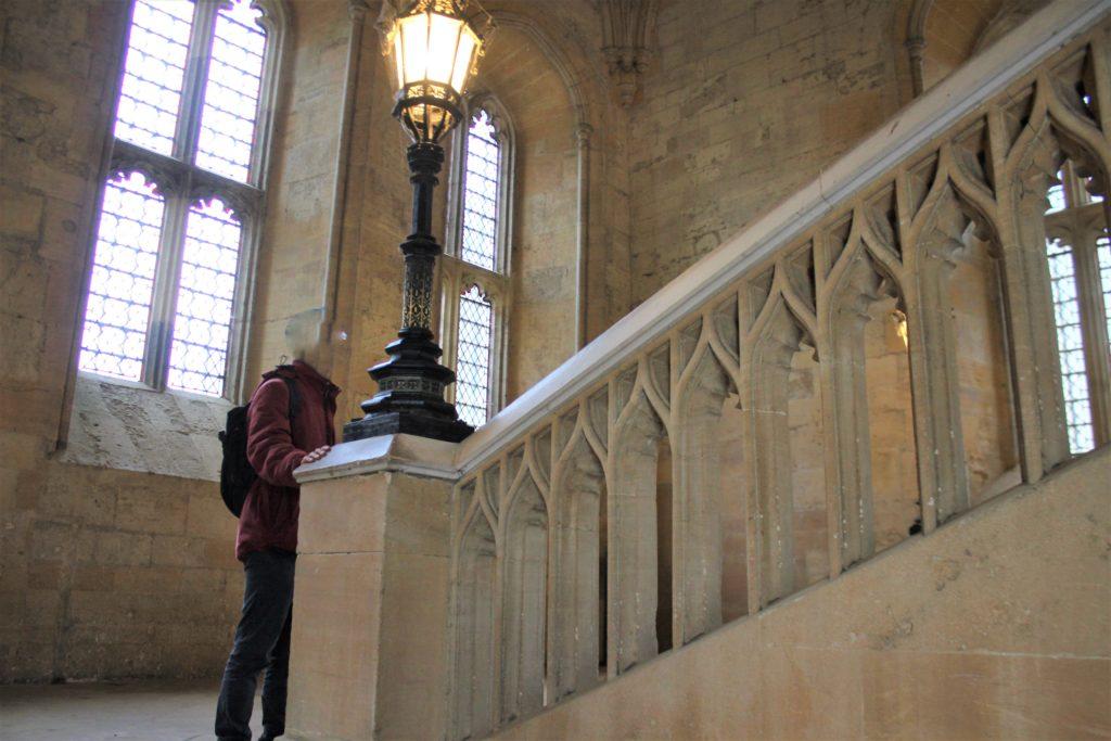 トムリドルがダンブルドアに会う階段