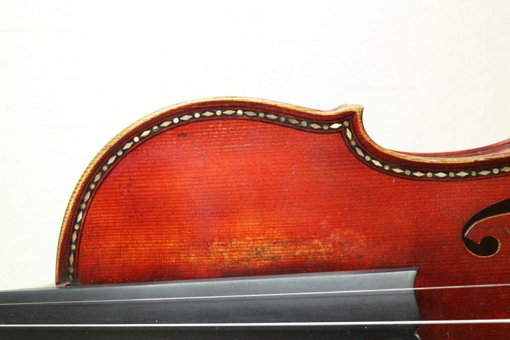 プロは新しいヴァイオリンを選んだ