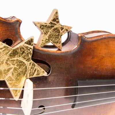バイオリン初心者でも弾けるクリスマスソング7曲!【無料楽譜付き】
