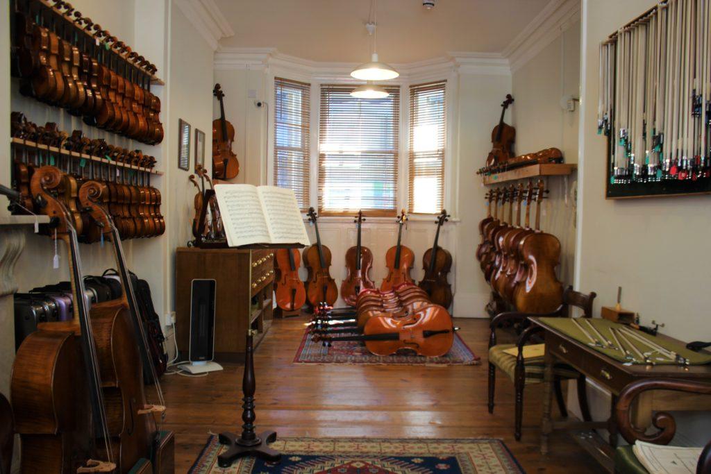 ヴァイオリンを買う時に試奏した部屋