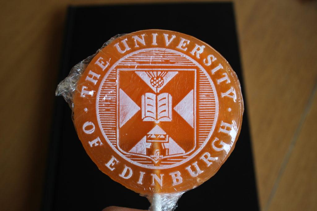 エディンバラ大学