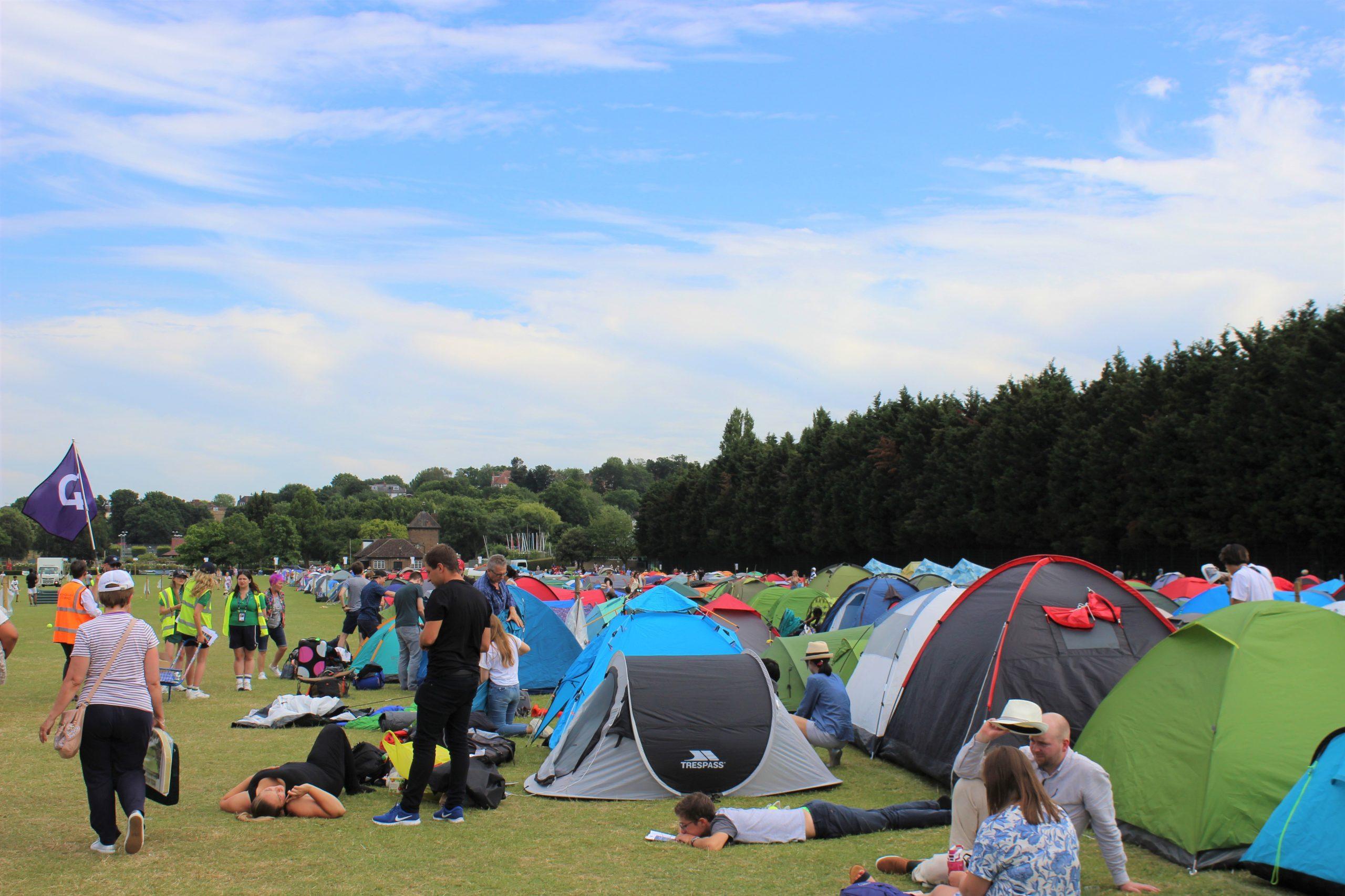 ウィンブルドンでキャンプをして当日券を手に入れる