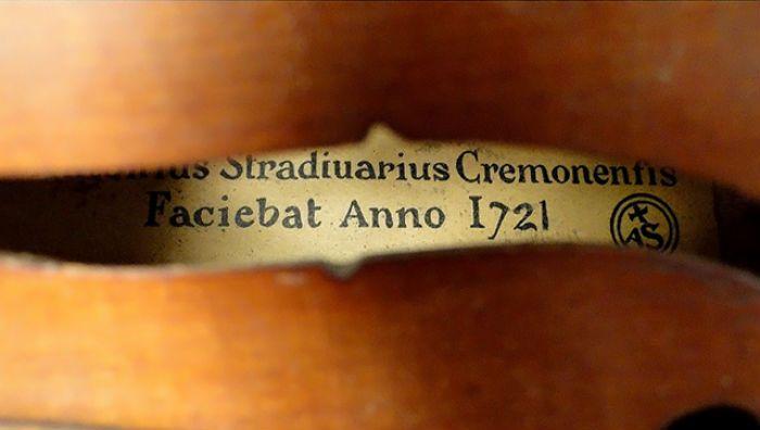 ヴァイオリンのラベル