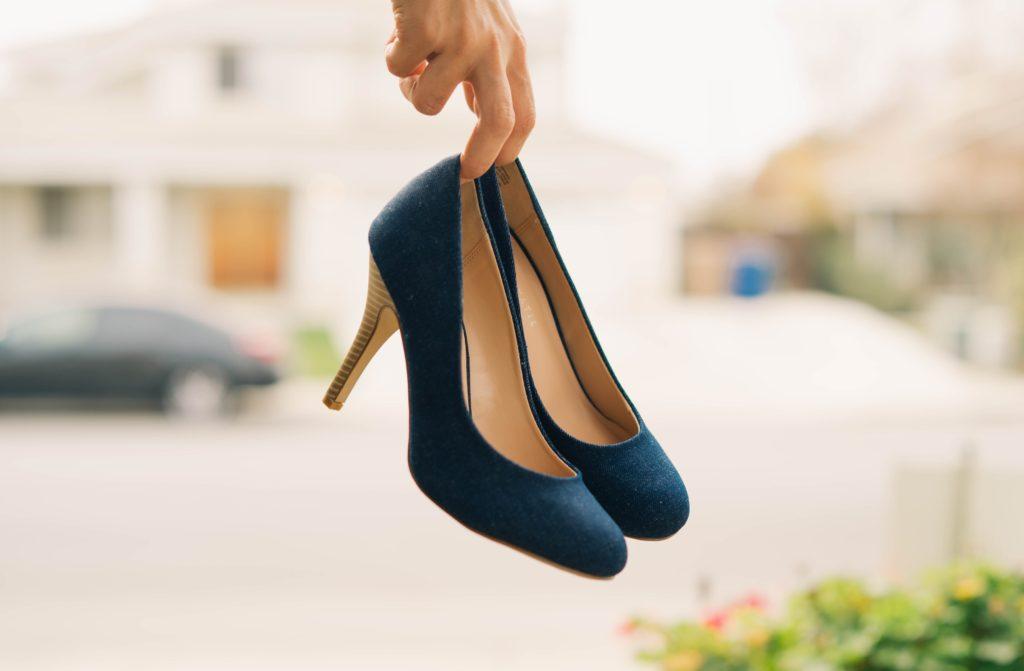 ラベルを貼り替えるのは靴を履き替えるのと同じくらい簡単