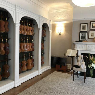 上質のバイオリンを安く買うために、はるばる日本からロンドンへ!