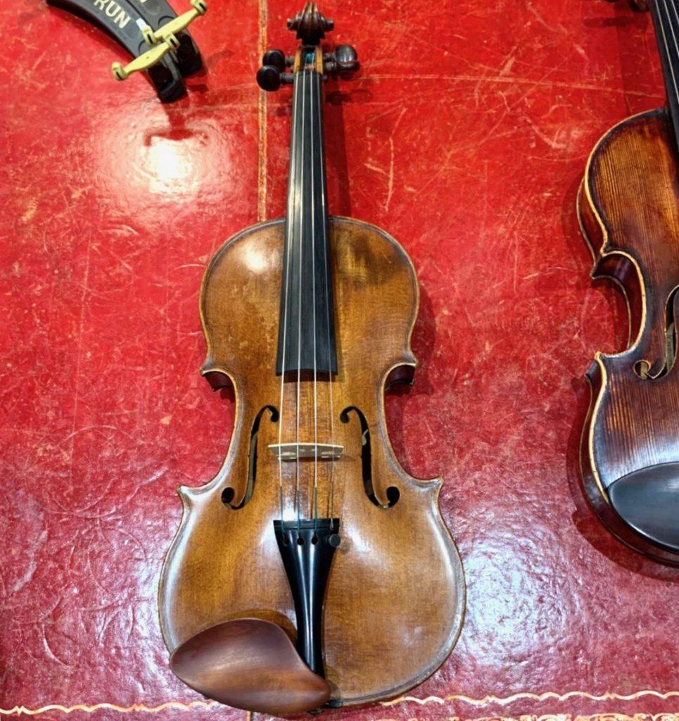 モダンイタリアンのヴァイオリン、GIOVANNI PISTUCCI。