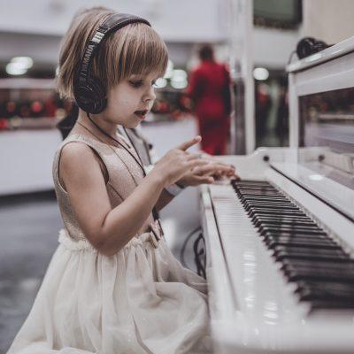 真剣に考えて、電子ピアノはクラシック音楽の「敵」だと思う