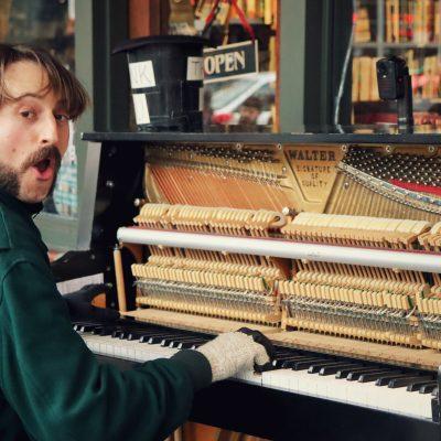 予算100万円で手に入る!中古グランドピアノに勝る奇跡のアップライト―Boston